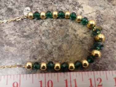 050 Handmade Green and Gold Beaded jewelry set