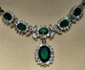 Elegant Emerald Green Necklace 18K White Gold w/ Clear Swarovski Crystals