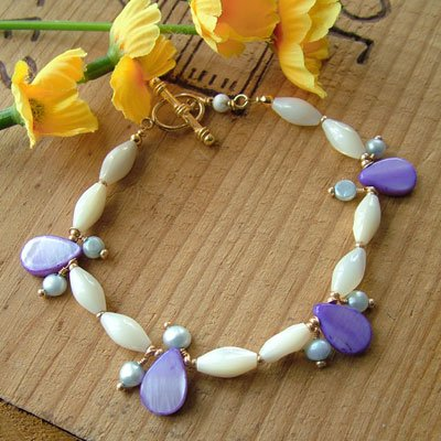 Mother of Pearl Bracelet in Gold with Blue Pearls and Purple Brios - B187