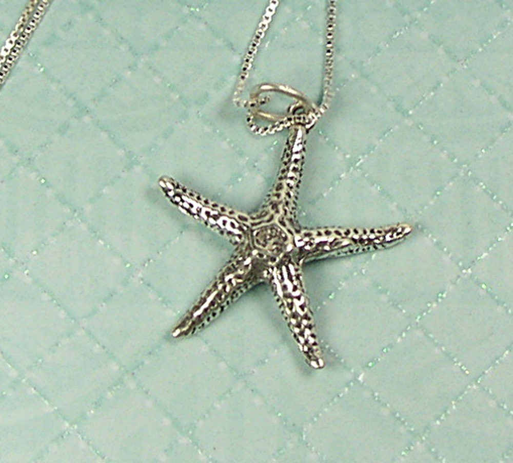 "Sterling Silver Starfish charm and 18"" chain"