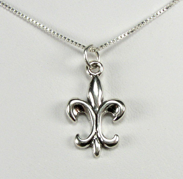 Beautiful Sterling Silver French Fleur de lis symbol Pendant and Necklace