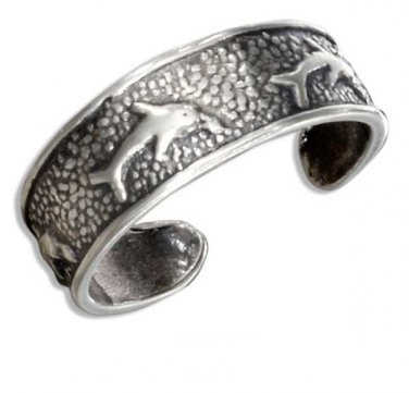 Sterling Silver Antiqued Jumping Dolphins Toe Ring
