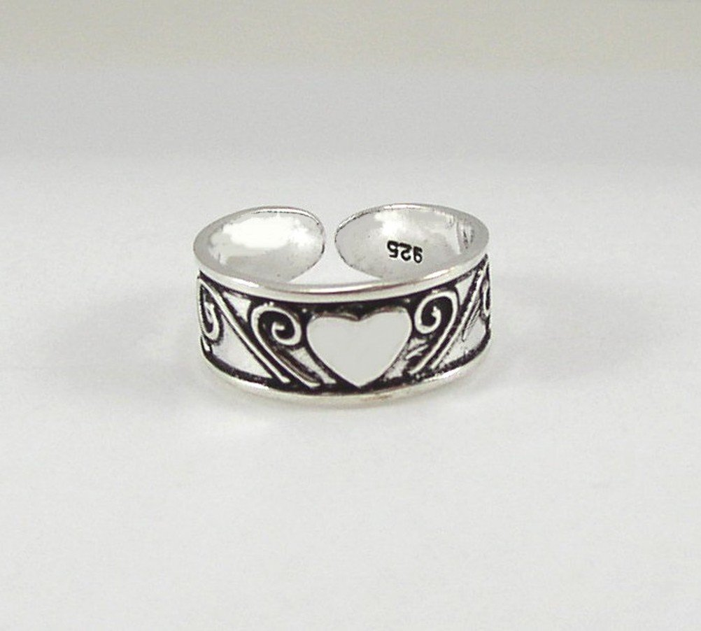 Pretty Heart & Swirls Sterling Silver Toe Ring