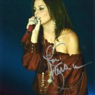 SARA EVANS - OUTSTANDING  COUNTRY SINGER - HAND SIGNED AUTOGRAPHED PHOTO WITH COA