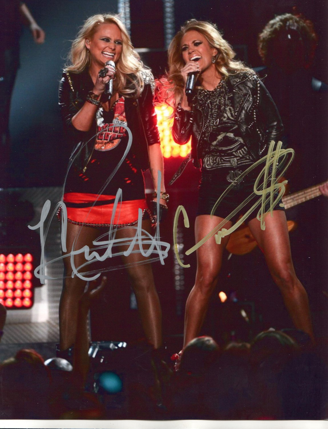 CARRIE UNDERWOOD ~ MIRANDA LAMBERT - COUNTRY DOUBLE - HAND SIGNED AUTOGRAPHED PHOTO WITH COA