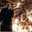 HEATH LEDGER - R-A-R-E -= DARK NIGHT=- AS THE JOKER - HAND SIGNED AUTOGRAPHED PHOTO WITH COA