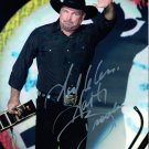 GARTH BROOKS - COUNTRY STAR - HAND SIGNED AUTOGRAPHED PHOTO WITH COA