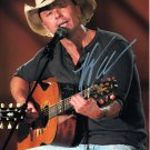 KENNY CHESNEY - OUTSTANDING COUNTRY SINGER - HAND SIGNED AUTOGRAPHED PHOTO WITH COA