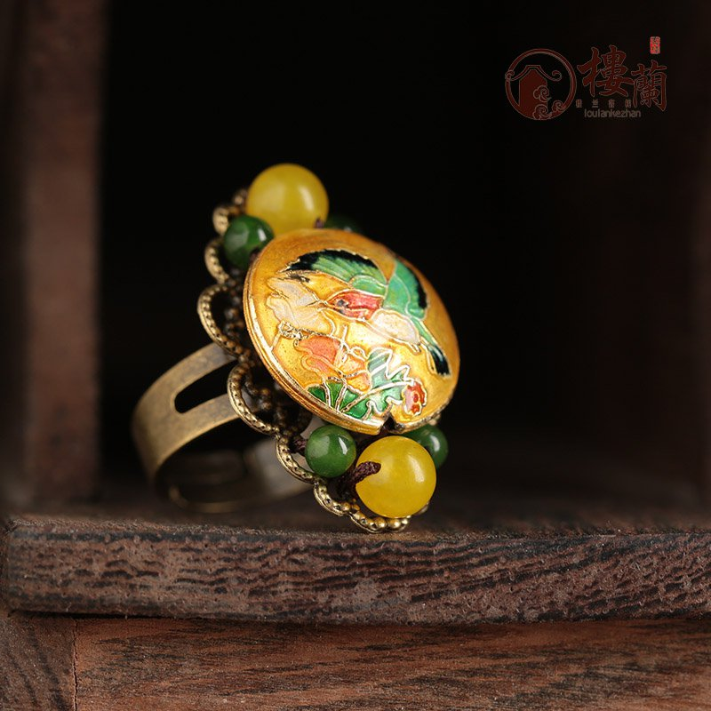 Chinese style yellow floral rings. traditional design jewelry rings for women