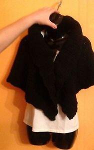 NWOT Renee's New York Wool Blend Black Capelet SZ S