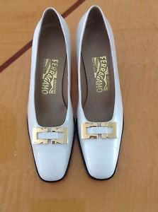 EUC White Ferragamo w/ Gold Buckel Detail Pumps SZ 7.5 AAAA