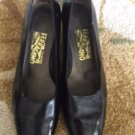 VTG SALVATORE FERRAGAMO Black Patent Leather Pumps Heels SZ 8B