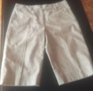 Pre-owned DKNY Cotton Blend Check Pattern Beige Long Shorts SZ 6