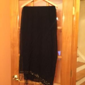 NWT 100% Rayon Black Fringed Shawl Throw Geometric Gold Square Detail 55 x 41 Ma