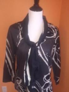 NWOT LAVIA Gray Abstract Print Long Sleeve Cotton Tie Front Blouse SZ IT 46
