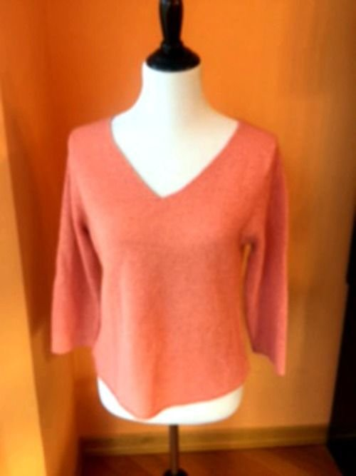 EUC EILEEN FISHER Salmon Pink V- Neck Sweater Silk Blend SZ Medium Knit