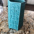 JONATHAN ADLER Turquoise Ceramic 6 Footed Vase Greek Key Pattern Hexagon SZ S