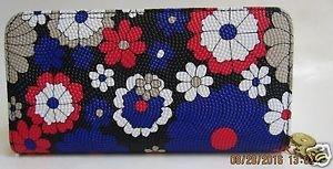 Zip Around Check Secretary Flower Designed Clutches from Heta-Chinki Collection