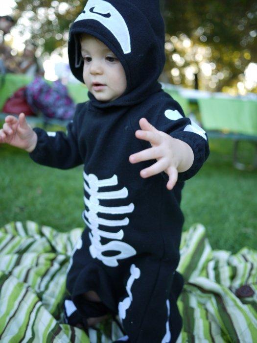 Baby Skeleton Costume Infant (USA size 1-2)