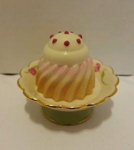 Lenox Tea at the Ritz Dessert Cake Box