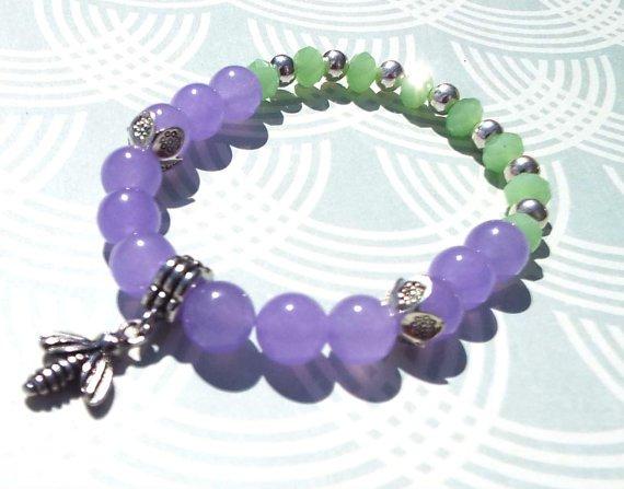Bumble Bee Beaded Bracelet, Lavender Jade Bracelet, Bumble Bee Charm