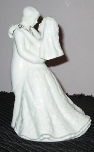 K'S COLLECTION WHITE PORCELAIN BRIDE & GROOM FIGURINE