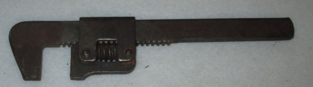 "WIZARD TOOLS 9-1/4"" MONKEY PIPE WRENCH No. 9  WORCESTER MA  MADE IN USA PAT 1922"
