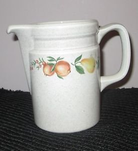WEDGWOOD QUINCE CREAMER MILK PITCHER 5 3/8""