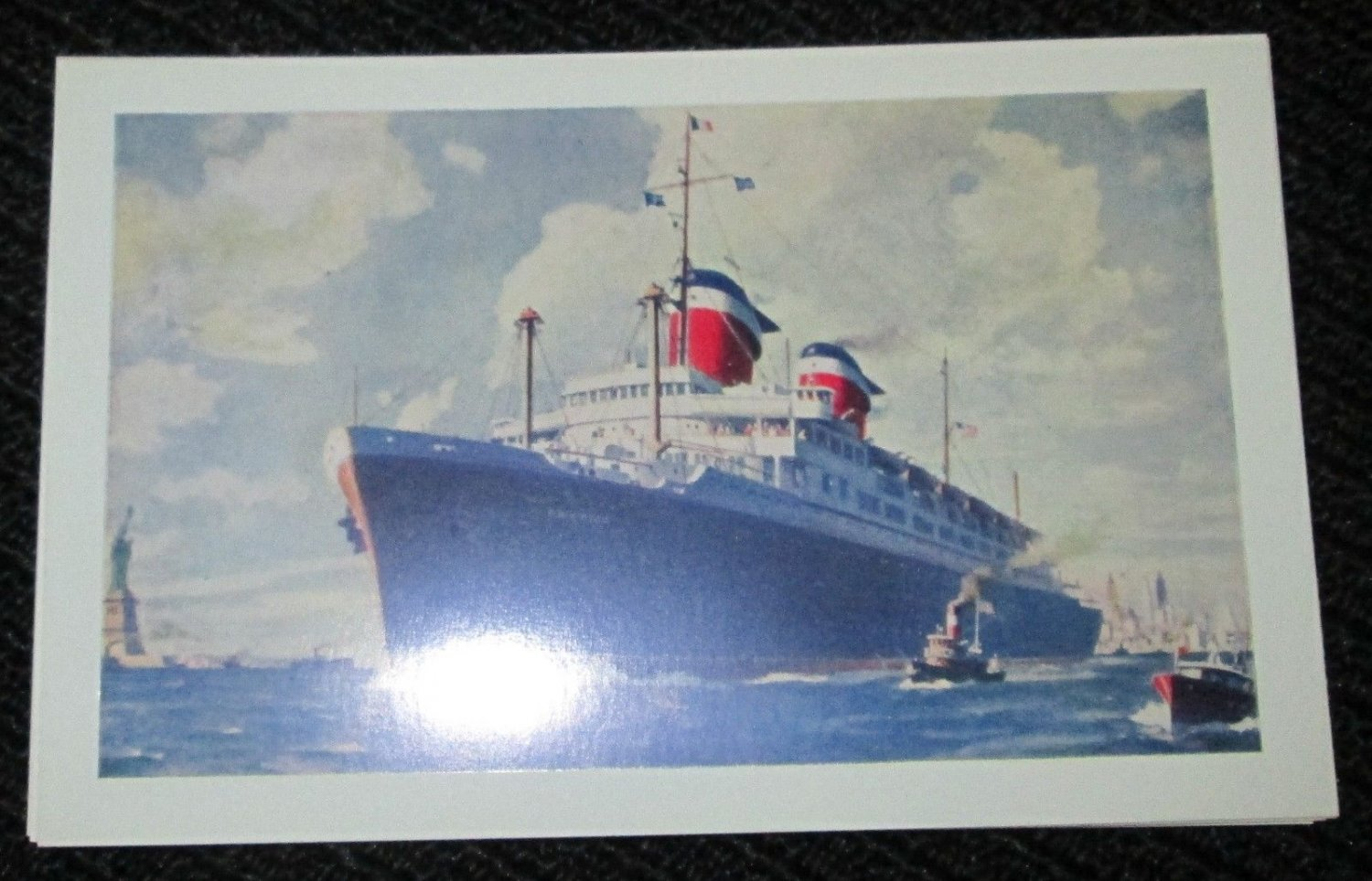 S.S. 'AMERICA' UNITED STATES LINES SHIP POSTCARDS ERA 1950/60 UNUSED COLOR