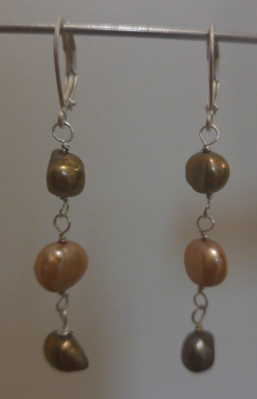 Earthy Freshwater pearl earrings