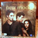 THE TWILIGHT SAGA New Moon The Movie Board Game Collectible in BOX Vampire Wolf