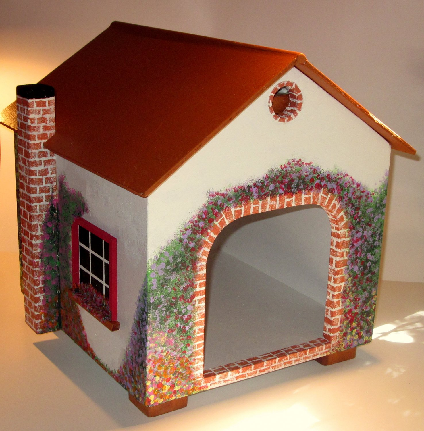 Cat Cottage / Small dog house