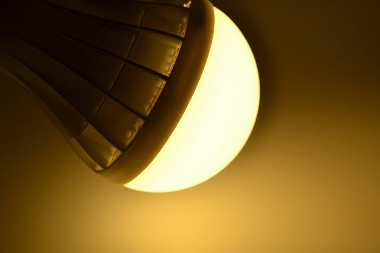 E27 Energy Saving LED Bulb 3W 5W 7W 9W 12W 25W Globe Light Lamp AC 110-240V Home