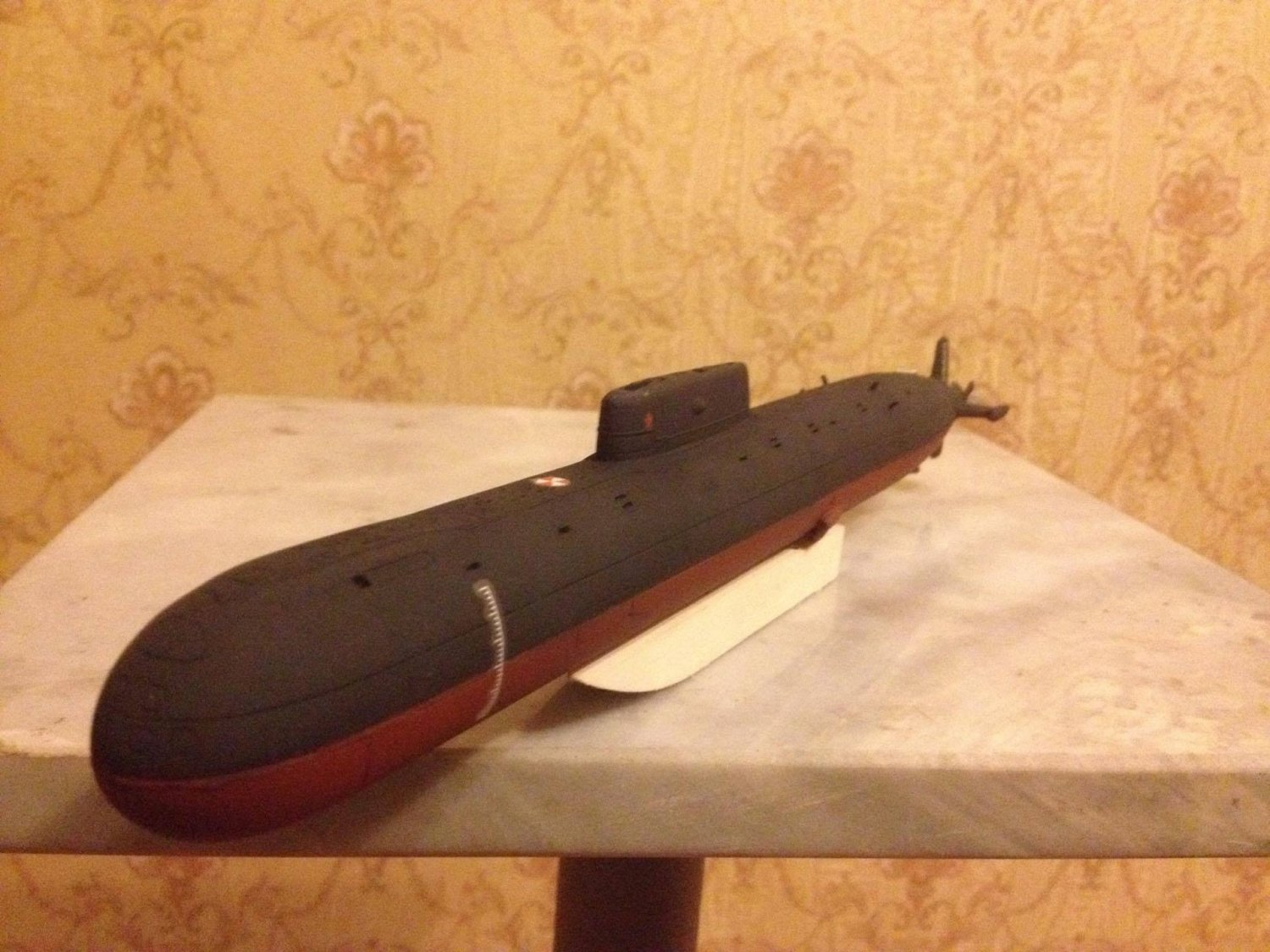 1:350 Soviet/Russian Mike class submarine complete model