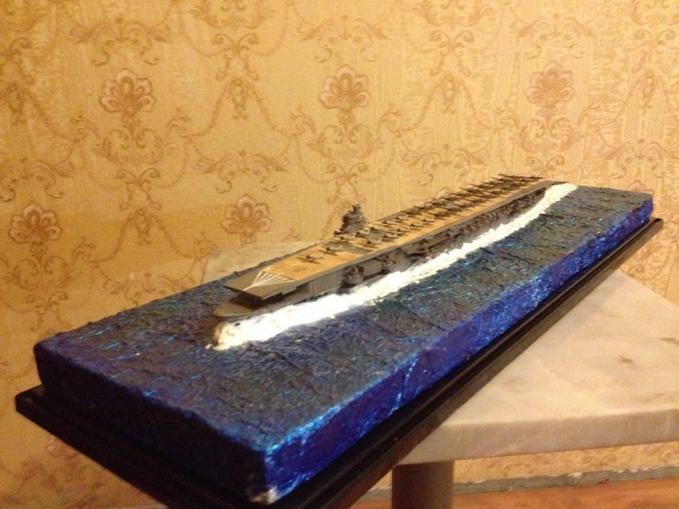 Japan Navy Shokaku carrier class model 1:700 with diorama and wooden deck