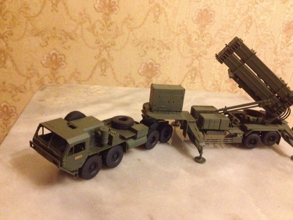 The MIM-104 Patriot is a surface-to-air missilem 1:72 complete model