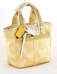 COACH L05M-201 SIGNATURE SCRIBBLE Tote Handbag purse