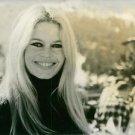 Brigitte Bardot smiling. - 8x10 photo