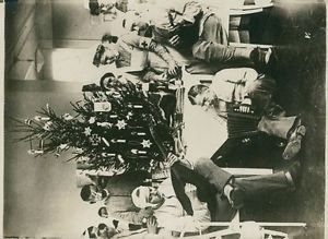 World War I- Christmas party in a Hospital - 8x10 photo