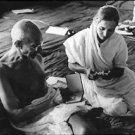Mahatma Gandhi with a woman - 8x10 photo