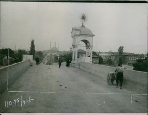 People walking in a bridge during Balkan wars, 1912. - 8x10 photo