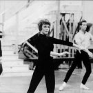 Julie Andrews practicing. - 8x10 photo