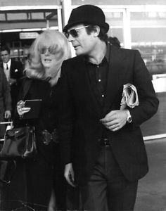 Marcello Mastroianni with Catherine Deneuve. - 8x10 photo