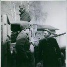 Soldiers having conversation during German Unit War. 1940. - 8x10 photo