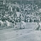 People ready for race on racing track during the Olympics under of Viktor Balck.