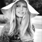 Portrait of Brigitte Bardot.   - 8x10 photo