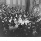 Maria Callas while singing. - 8x10 photo