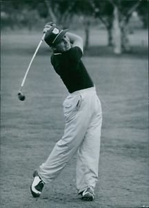 Gary Player playing golf.  - 8x10 photo