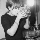 Maria Scicolone clicking. - 8x10 photo