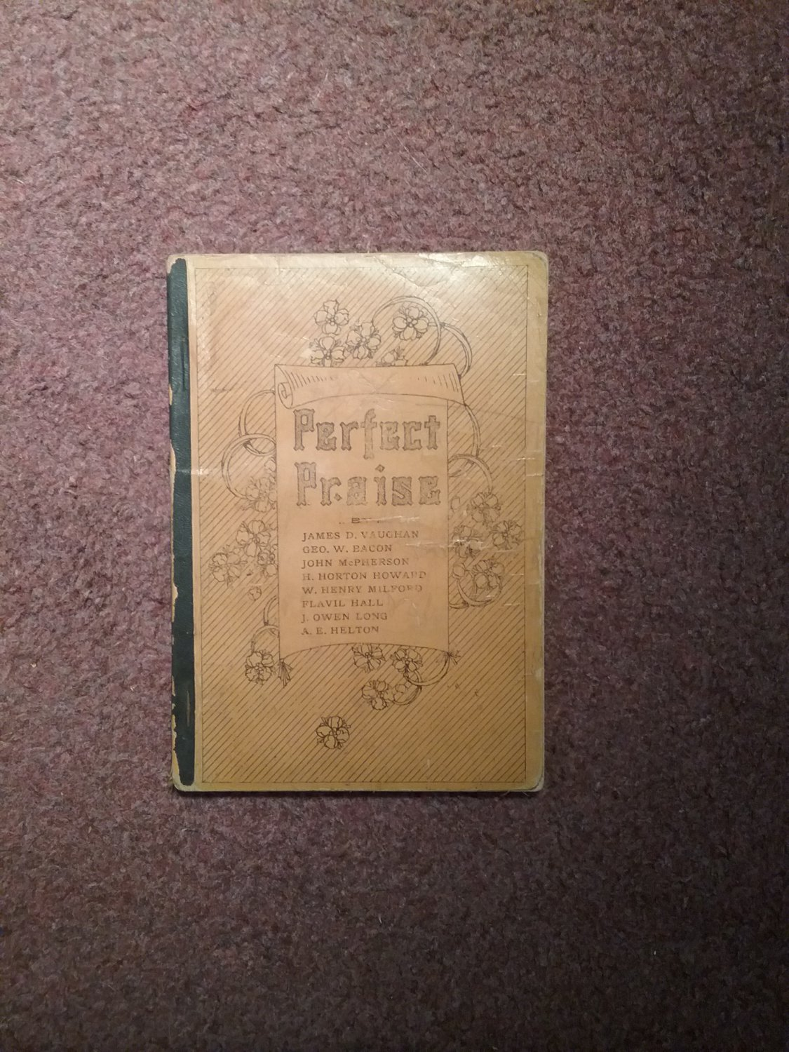 1905 Perfect Praise,  Hymnal  707161503